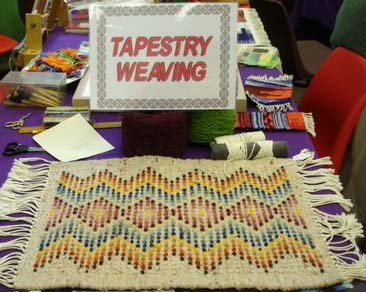 tapestry weaving.2